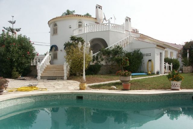 Ref:HA-T-277 Villa For Sale in Torrevieja